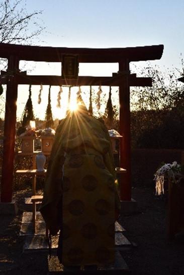 白幡神社(神主).jpg