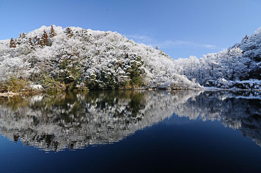 11雪腰巻池.jpg